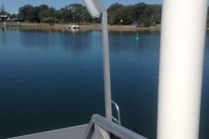 Pontoon lightIMG_1049